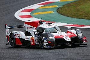 Toyota de Alonso termina dia em Fuji como mais veloz