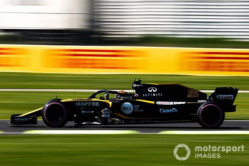 Sainz repite como 3º en un extraño viernes en México