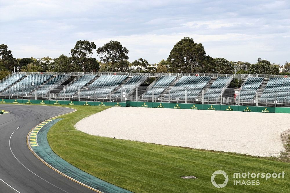 Mixed reaction to Supercars race cancellation