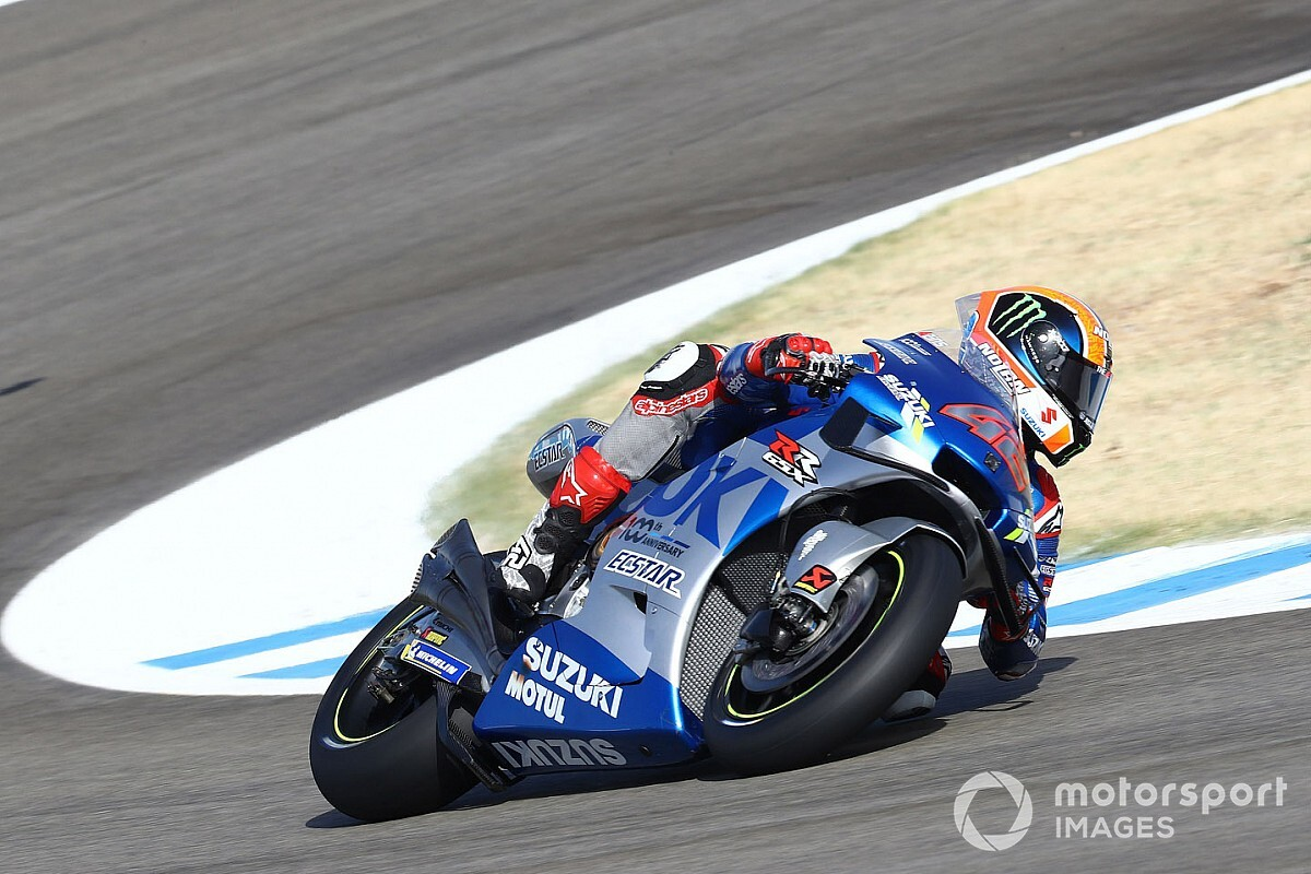 Rins to miss Jerez MotoGP race after being declared unfit thumbnail