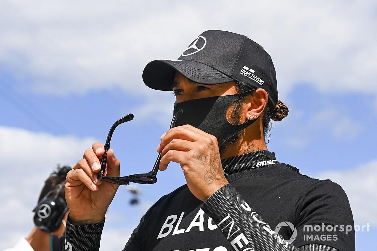 Prost szerint Hamiltont normál körülmények között szinte lehetetlen legyőzni, aki könnyen 8x bajnok lehet