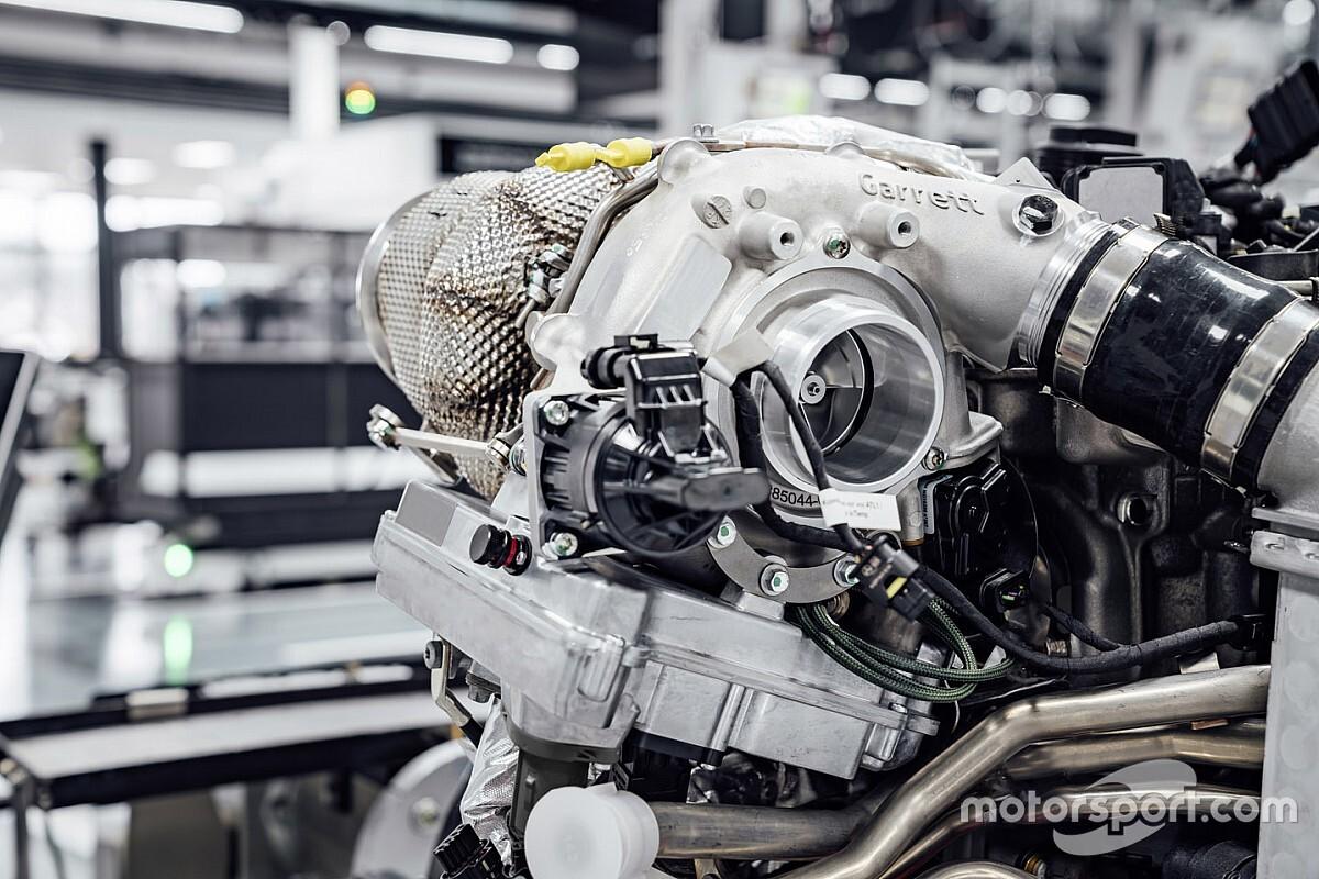 مرسيدس تكشف عن استعمال وحدة استعادة الطاقة الحرارية للمرة الأولى في سيارة تجارية