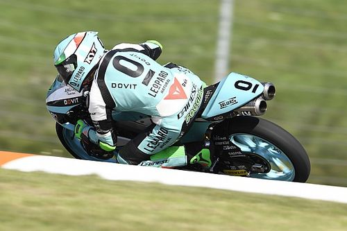 Moto3 - Brno: Foggia resiste para ganar por delante de Arenas