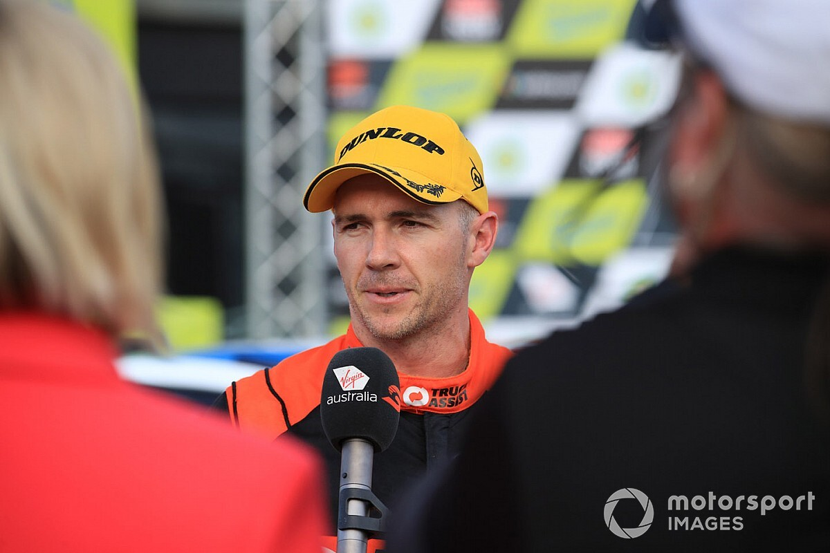 """Holdsworth responds to """"shock"""" exit"""