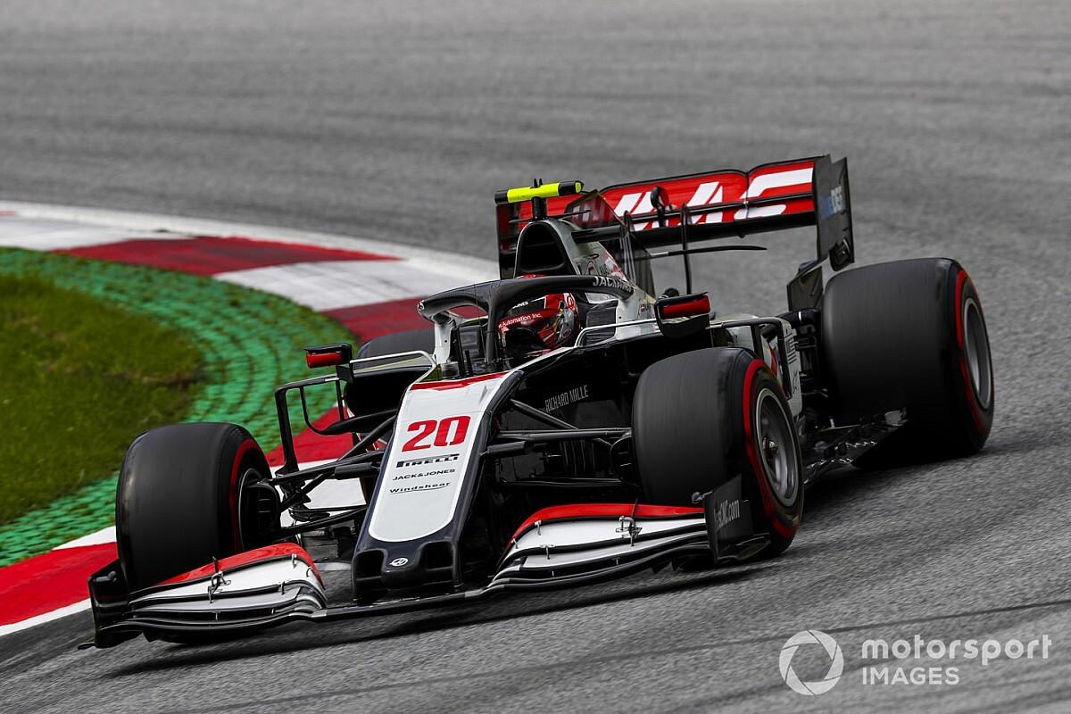 """Magnussen: """"Racing Point korkulduğu kadar hızlı"""""""