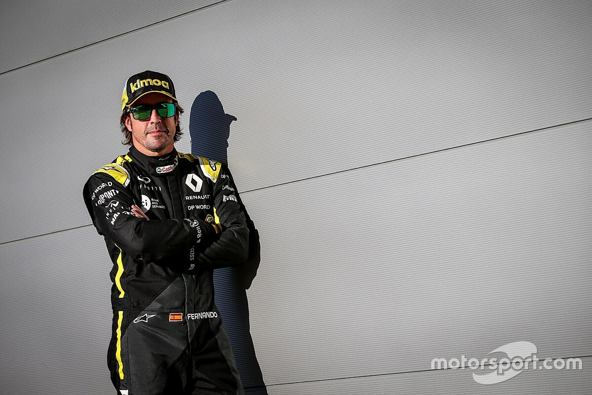 """ألونسو سيحتاج إلى """"بضعة سباقات"""" في 2021 ليشعر بالراحة داخل السيارة"""