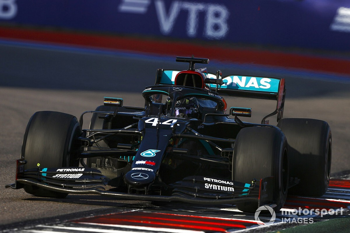 F1: Hamilton defende que ele e Mercedes devem estudar regulamento para evitar novas punições