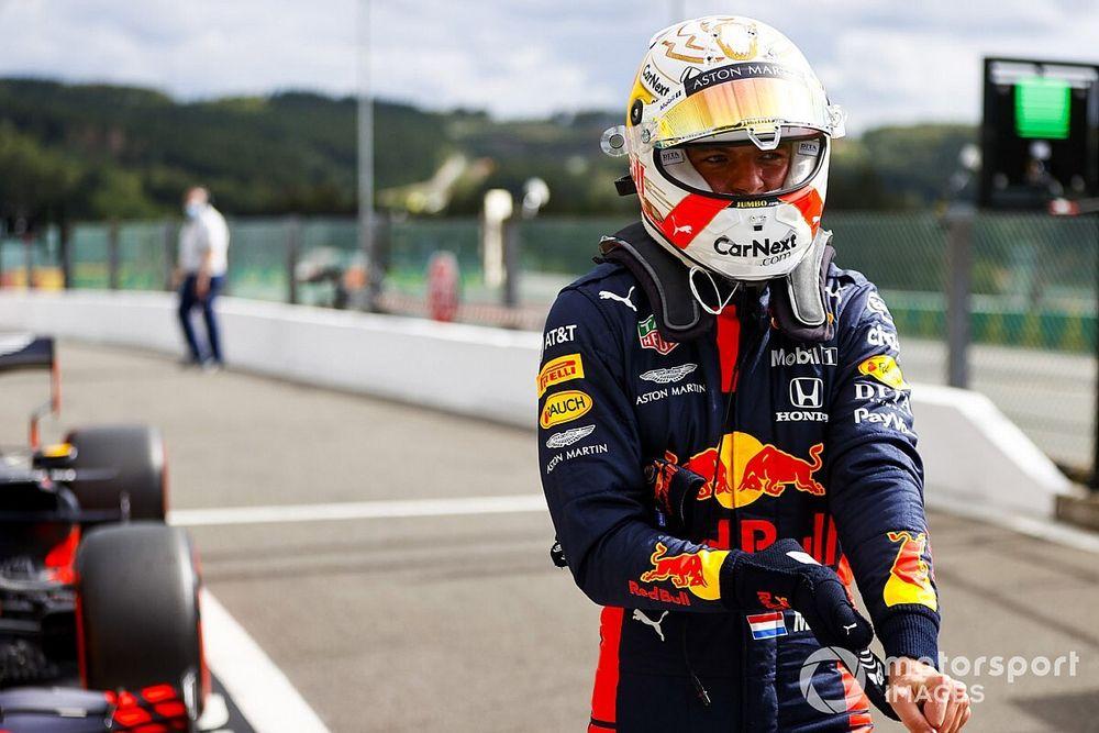 """Verstappen ve """"estúpido"""" dudar de su motivación en esta F1"""