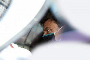 Motore Red Bull: no di Mercedes, ni di Ferrari