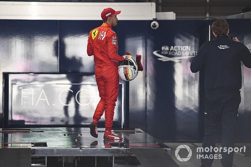 2 büntetőpont is eltűnt Vettel neve mellől, de nem nyugodhat meg