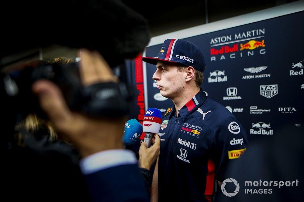 Verstappen, Sainz'ın güçlü performansını McLaren'a bağlıyor