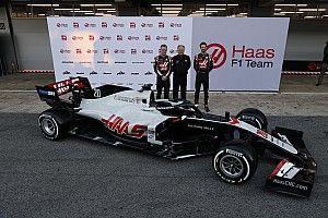 Haas, 2020 aracı VF-20'yi Barcelona'da tanıttı