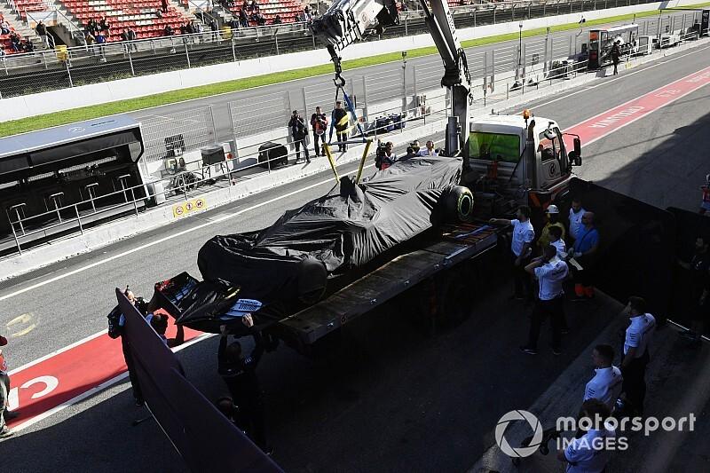 A Mercedes motort cserél az utolsó napra
