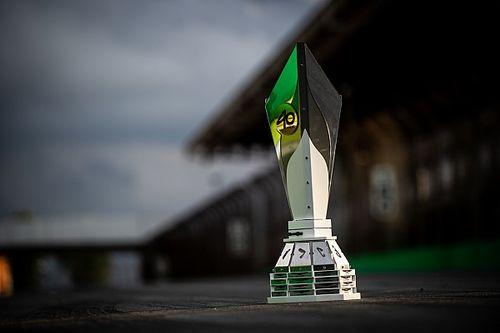 GALERIA: Veja, no detalhe, o troféu da temporada 2019 da Stock Car