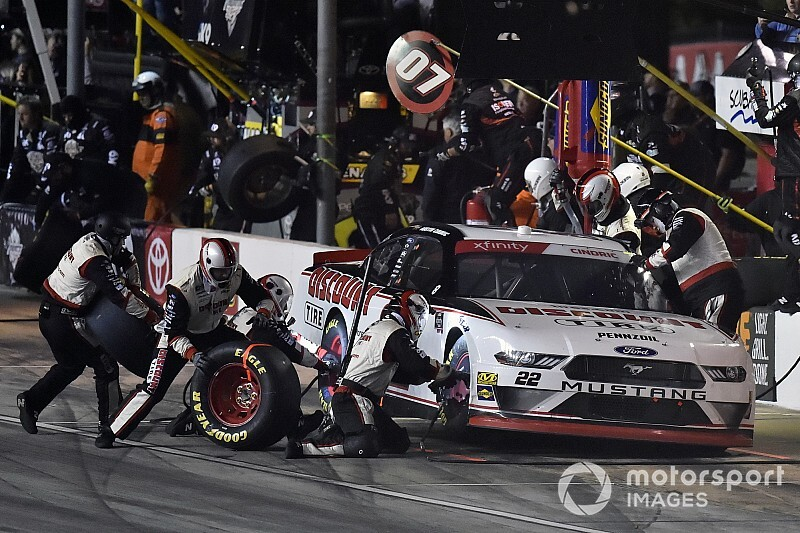 NASCAR to implement new pit stop procedures for Xfinity/Trucks