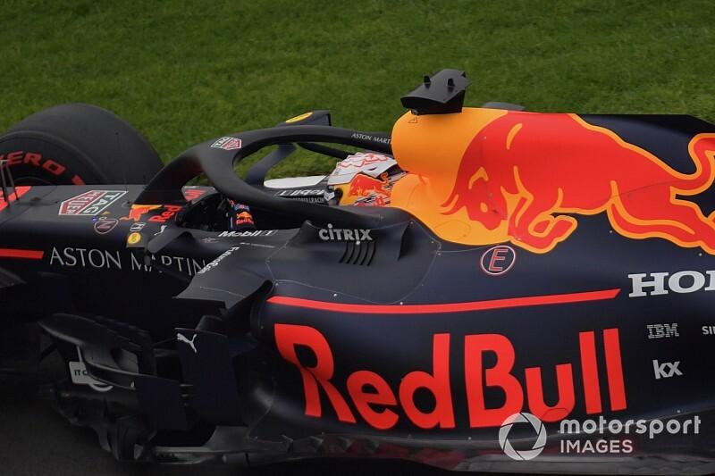 Verstappen szerint nevetségesen gyors a Ferrari, Albon autót tört