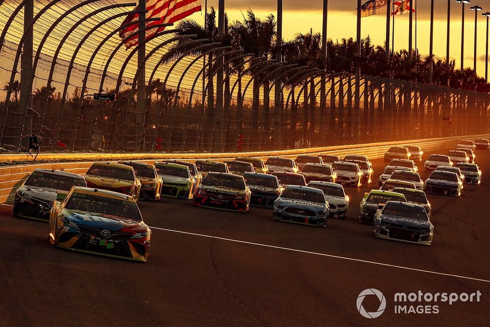 """NASCAR to allow """"guests"""" to attend Miami, Talladega Cup races"""