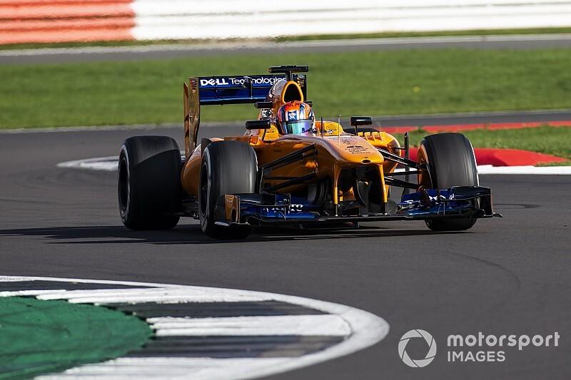 Zeventienjarige Brit maakt eerste Formule 1-meters op Silverstone