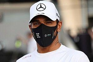 Új festéssel készül a hétvégére a Mercedes, Hamiltonról továbbra sincs információ