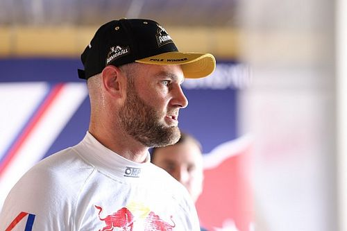 Van Gisbergen responds to Supercars parity claims