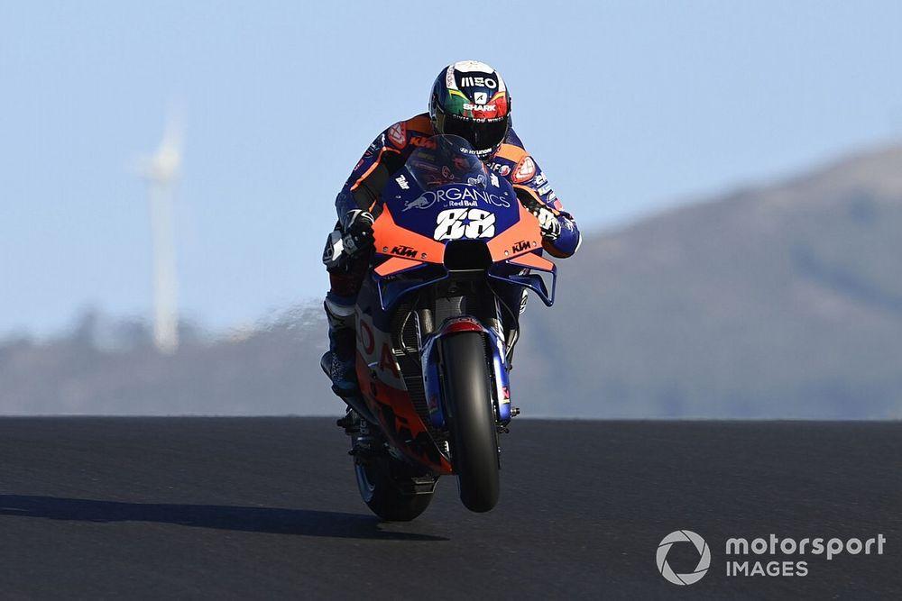 MotoGP, Portimao: prima pole di Oliveira nella gara di casa
