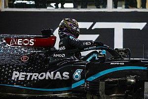 Mercedes propõe renovar apenas por um ano com Hamilton, diz jornal