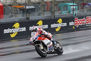 MotoGP Antrenman raporu Le Mans MotoGP 2. antrenman: Yağmurda Dovizioso lider