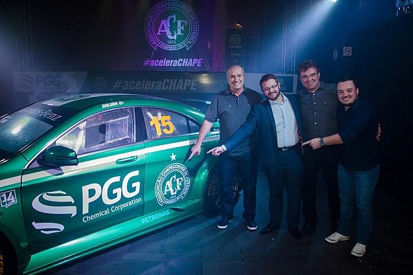 Geral Chapecoense apresenta carro para o Mercedes Benz Challenge
