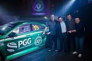 Chapecoense apresenta carro para o Mercedes Benz Challenge