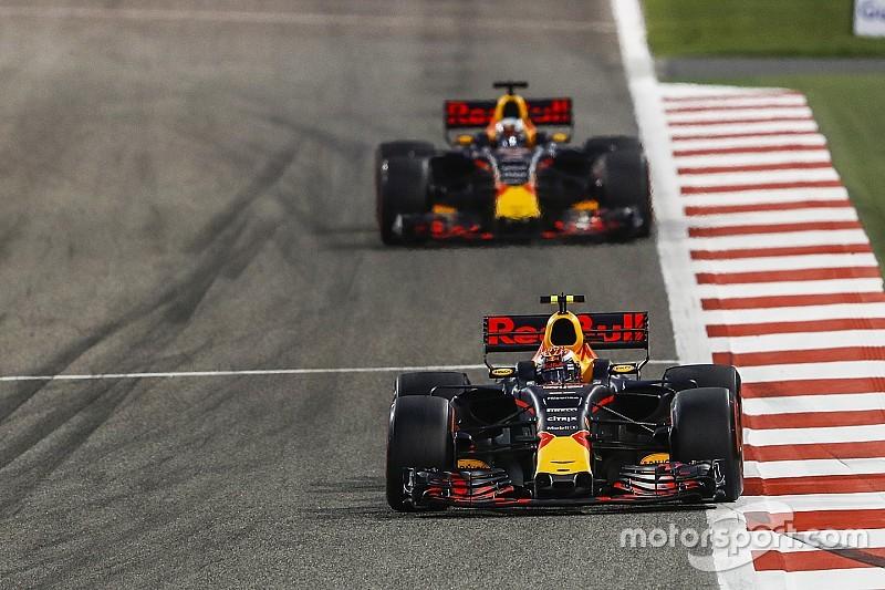 """Verstappen responde a Pérez: """"Un día intercambiamos motores"""""""