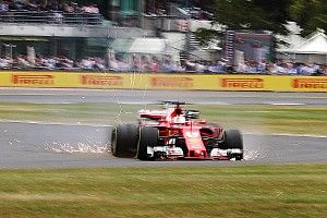 【F1】終盤トラブルのベッテル「僕もキミも、突然タイヤがパンクした」