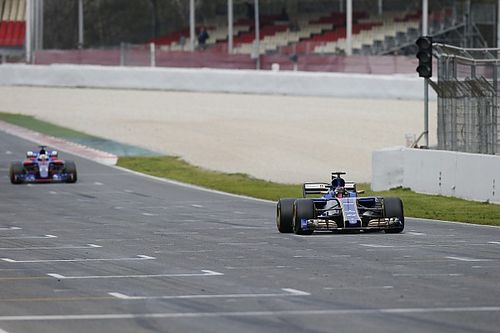"Sainz: ""Un V6 Ferrari 2016 che va più di noi è una situazione disperata"""
