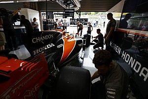 В McLaren рассказали о просьбе Red Bull поставлять коробки передач