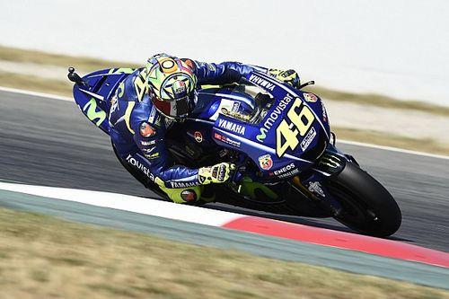 """Rossi: """"La M1 non curva, quindi stressa molto la gomma dietro"""""""