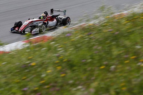 Callum Ilott gana la primera carrera de la F3 en Spielberg