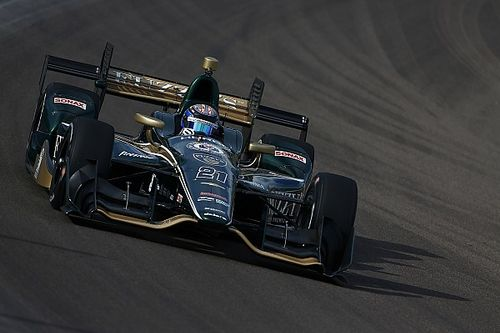 Hildebrand breaks Phoenix track record, albeit unofficially