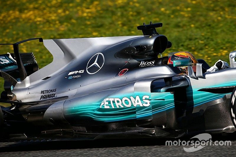 """F1 chief Brawn aims to """"iron out"""" shark fin and T-wing designs"""