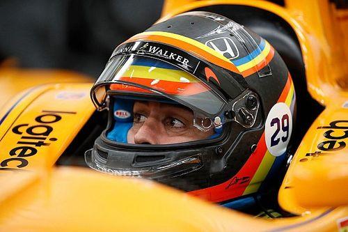 Alonso revela capacete para 500 Milhas de Indianápolis