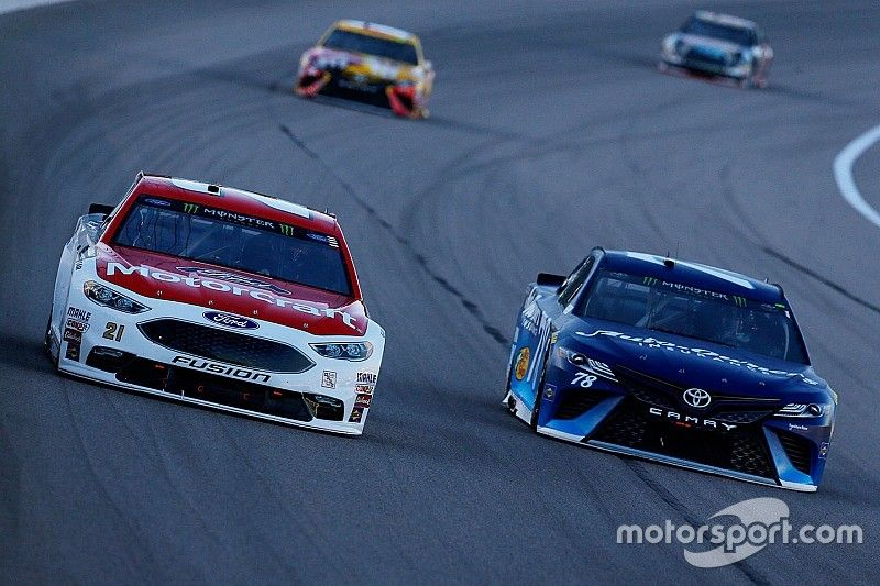 """Blaney battles for Kansas win: """"That's where this team deserves to be"""""""