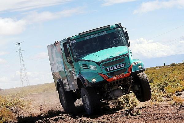 Dakar De Rooy team concedes Dakar victory bid