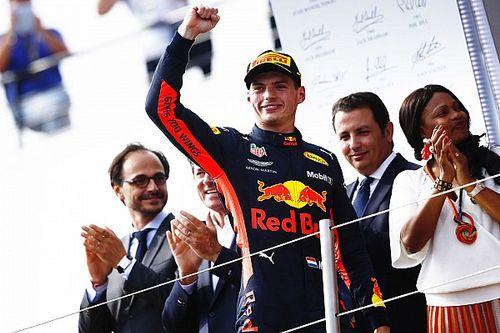 Verstappen ironiza jornalistas após acidente de Vettel