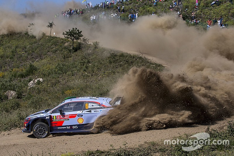 Paddon trasladado al hospital tras accidente en Portugal