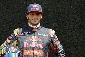 Sainz ontkent dat hij zich te goed voelde voor Toro Rosso
