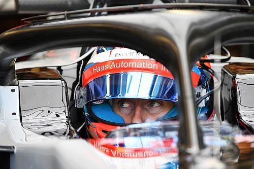"""Grosjean: """"Camerabril pijnlijk, maar gaaf voor de fans"""""""