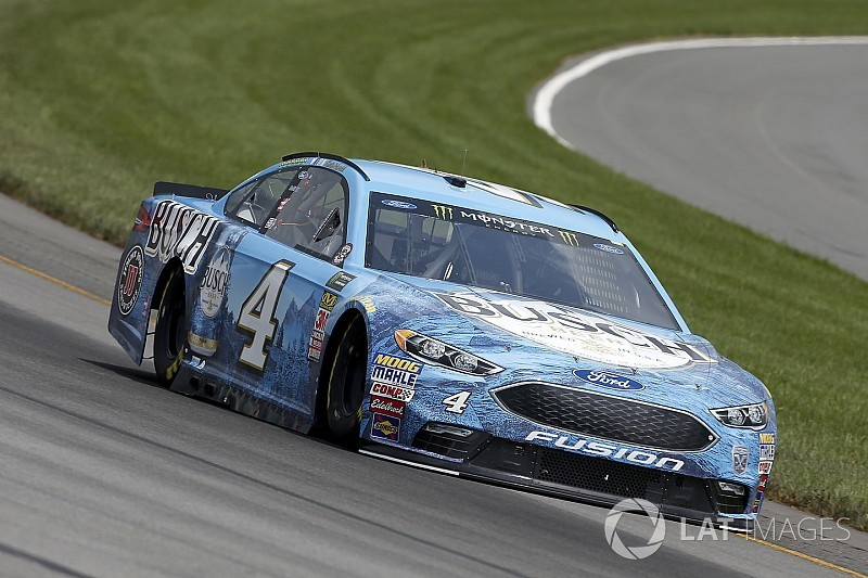 Kevin Harvick cruises to Stage 2 win at Pocono