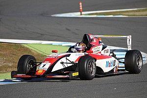 宮田莉朋が独走優勝。笹原右京を2点リードして最終戦へ/FIA-F4第13戦