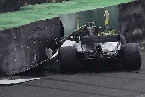Mercedes: Hamilton parte dalla pit lane perché cambia motore