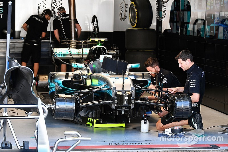 Mercedes team personnel uninjured after gunpoint robbery
