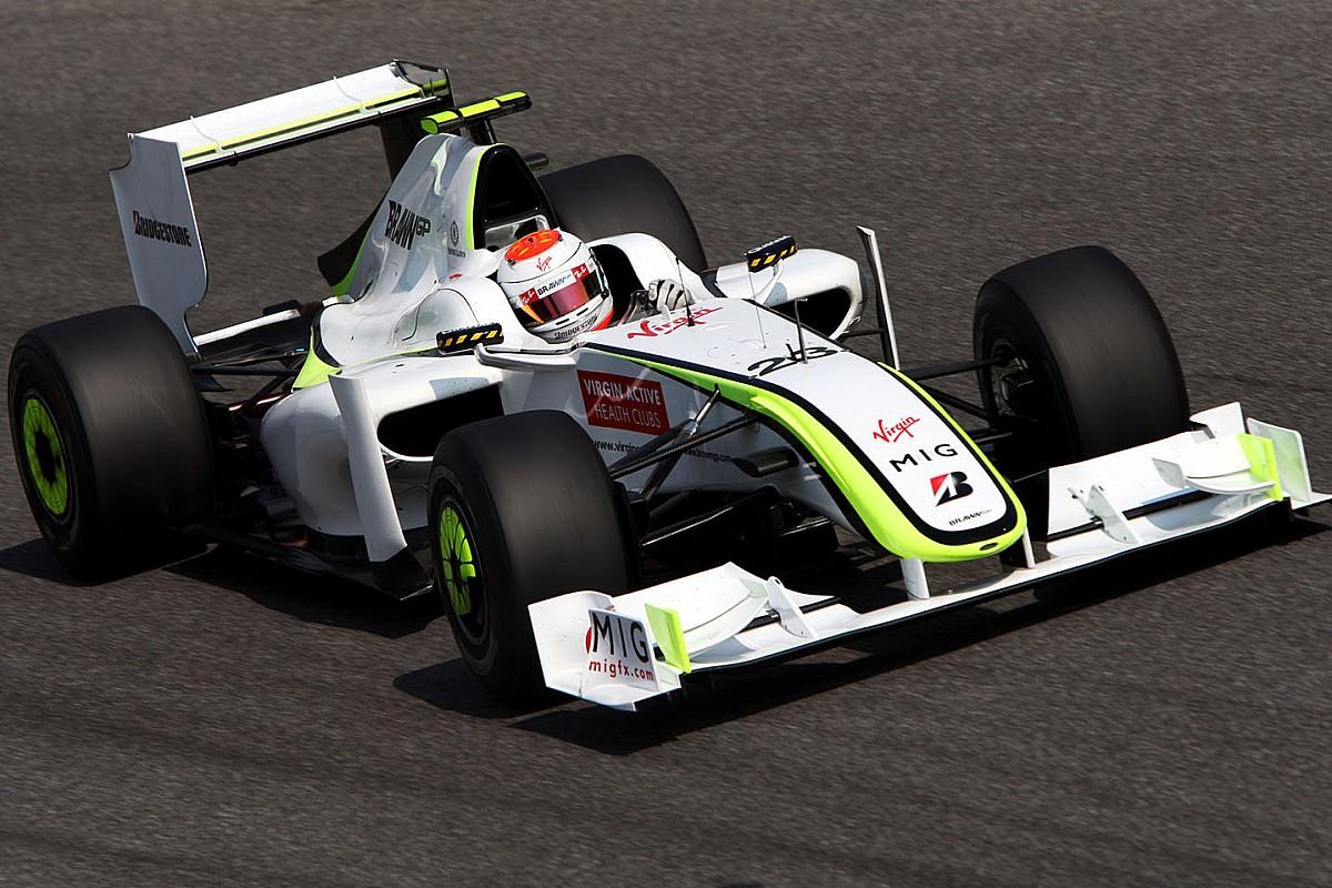 Barrichello ismét a Brawn GP autójában csapatta (videó)