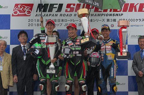 タイヤで明暗。渡辺一馬が初優勝、Kawasaki Team GREENが1-2達成
